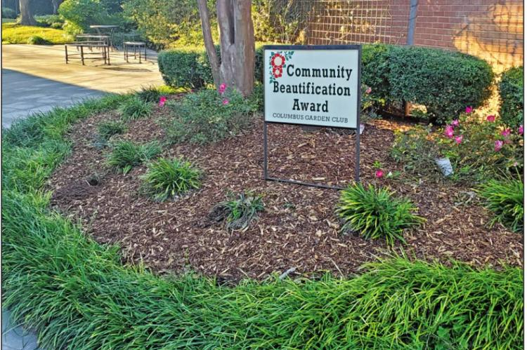 Columbus State Bank wins Beautification award