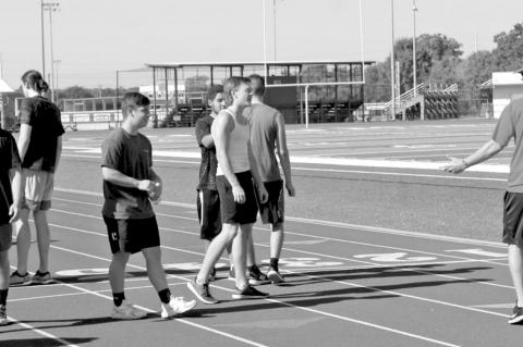 Student-athletes start summer workouts