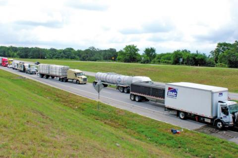 I-10 jammed up by 18-wheeler accident