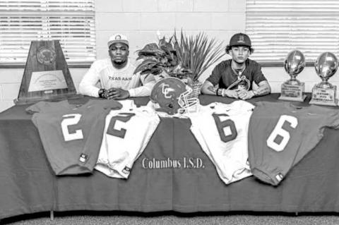 Cardinals Hurd, Wilson sign for college football