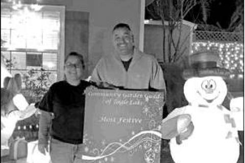 EL Garden Guild names Christmas decoration winners